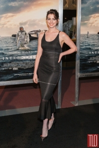 Anne-Hathaway-Interstellar-Movie-Premiere-DC-Red-Carpet-Fashion-Calvin-Klein-Tom-Lorenzo-Site-TLO-1