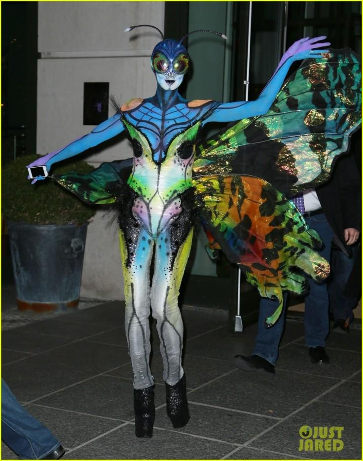 heidi-klum-butterfly-halloween-costume-10