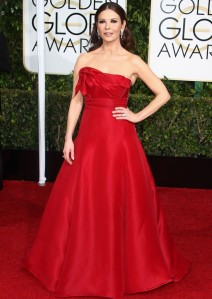 Golden-Globes-2015-Catherine-Zeta-Jones-Looked-like-the-Dancing-Emoji-Girl-469723-2