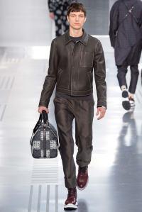 Louis Vuitton31