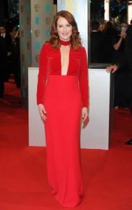 Julianne-Moore--BAFTA-Awards-2015--01-662x1049