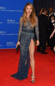 Chrissy-Teigen-101st-White-House-Correspondents-Association-Dinner-in-Washington-DC-3