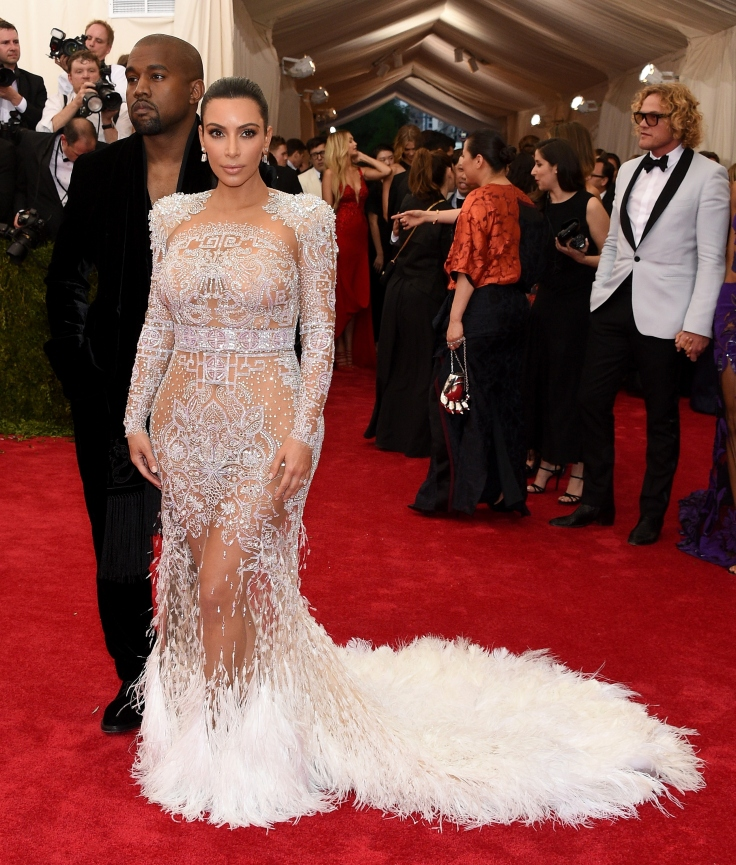 kim-kardashian-kanye-west-met-gala-2015-4