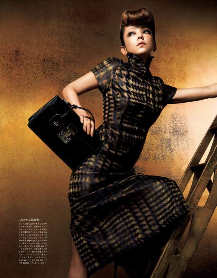 Vogue-Japan-October-2013_Namie-Amuro_Gucci-2
