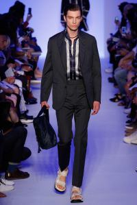 Louis Vuitton24