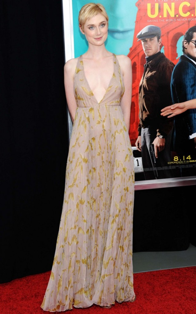 Elizabeth-Debicki-The-Man-From-U-N-C-L-E-NY-Premiere-02-662x1060