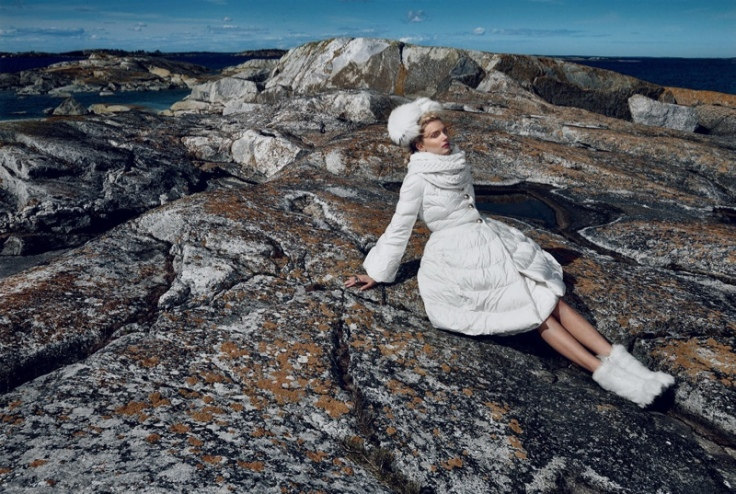 Lily-Donaldson-Vogue-Japan-October-2015-Editorial01