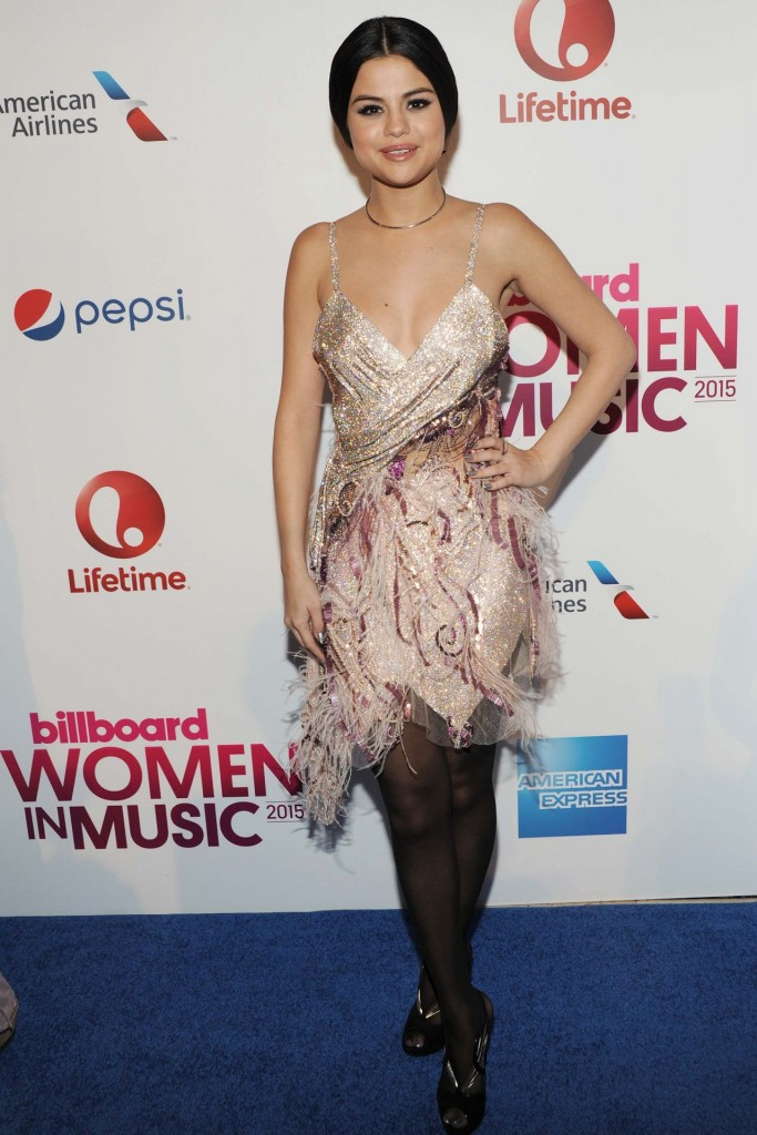 Selena Gomez-2