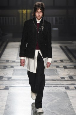Alexander McQueen Fall 2016 Menswear-23