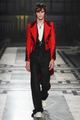 Alexander McQueen Fall 2016 Menswear-27