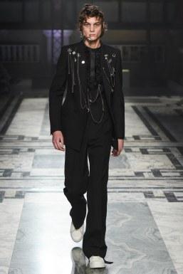 Alexander McQueen Fall 2016 Menswear-28