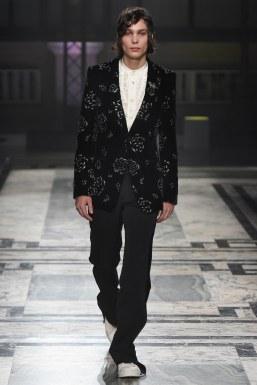 Alexander McQueen Fall 2016 Menswear-29