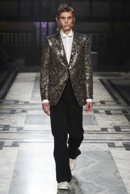 Alexander McQueen Fall 2016 Menswear-31