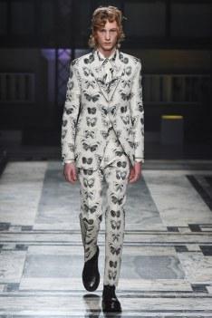Alexander McQueen Fall 2016 Menswear-8