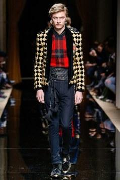 Balmain Fall 2016 Menswear Look 23