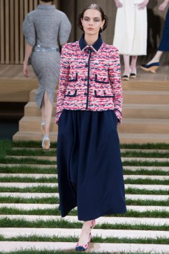 Chanel Spring 2016 Couture Look 13