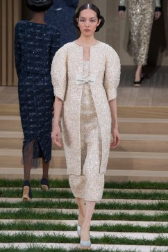 Chanel Spring 2016 Couture Look 20