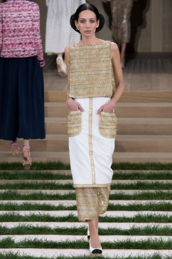 Chanel Spring 2016 Couture Look 23