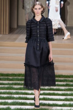Chanel Spring 2016 Couture Look 28