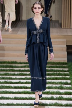 Chanel Spring 2016 Couture Look 30