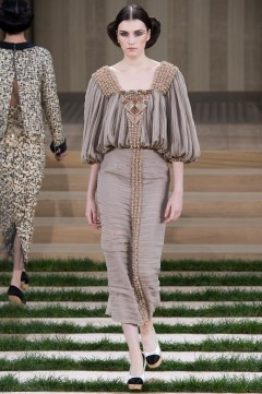 Chanel Spring 2016 Couture Look 33