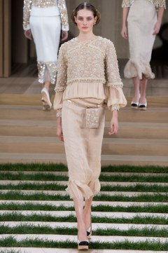 Chanel Spring 2016 Couture Look 34