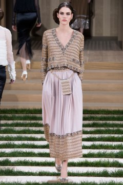 Chanel Spring 2016 Couture Look 37