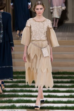 Chanel Spring 2016 Couture Look 40