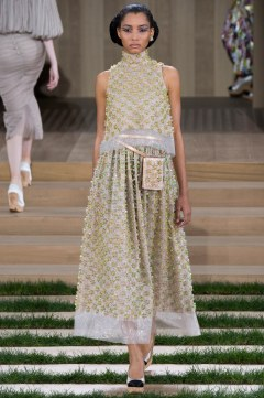 Chanel Spring 2016 Couture Look 43