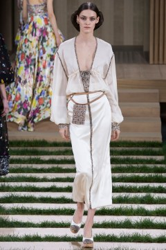 Chanel Spring 2016 Couture Look 55
