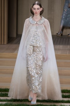 Chanel Spring 2016 Couture Look 60