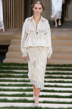 Chanel Spring 2016 Couture Look 62