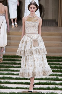 Chanel Spring 2016 Couture Look 68