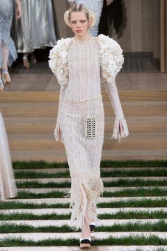 Chanel Spring 2016 Couture Look 71