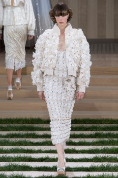 Chanel Spring 2016 Couture Look 72