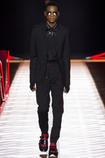 Dior Homme Fall 2016 Look 3