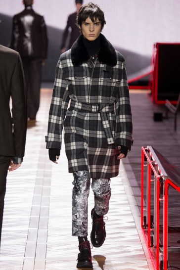 Dior Homme Fall 2016 Look 39