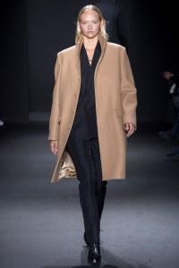Gemma Ward X Calvin Klein Fall 2016 Menswear Runway -2016.1.18-