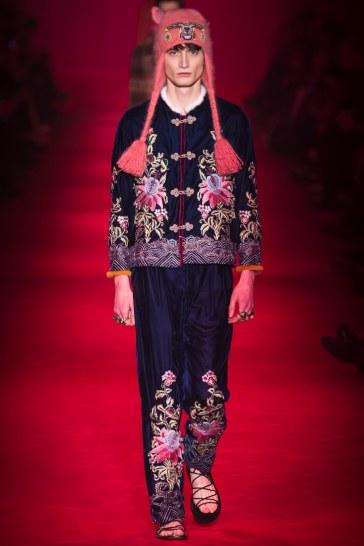 Gucci Fall 2016 Menswear Look 2