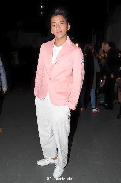 Moncler Gamme Bleu 2016 runway show guest