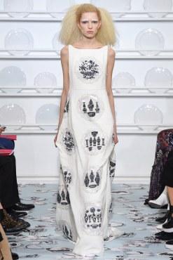 Schiaparelli Spring 2016 Couture Look 32