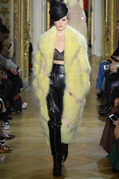 Ulyana Sergeenko Spring 2016 Couture Look 41