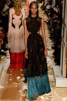 Valentino Spring 2016 Couture Look 12
