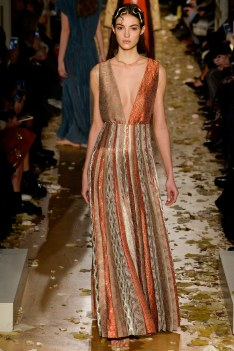 Valentino Spring 2016 Couture Look 16