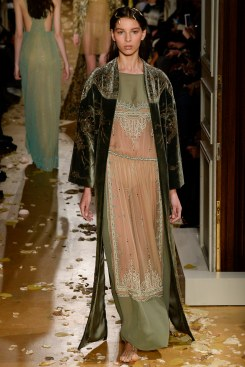 Valentino Spring 2016 Couture Look 34