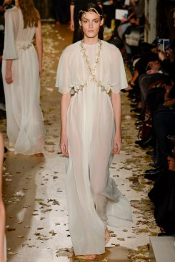 Valentino Spring 2016 Couture Look 46
