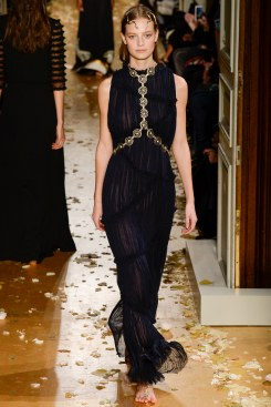 Valentino Spring 2016 Couture Look 48