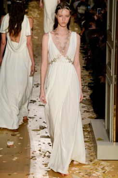 Valentino Spring 2016 Couture Look 52