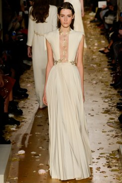 Valentino Spring 2016 Couture Look 54