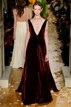 Valentino Spring 2016 Couture Look 56